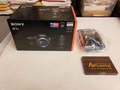 CÁMARA DIGITAL Sony ALPHA A7III WHATSAPP: + 1780 299-9797
